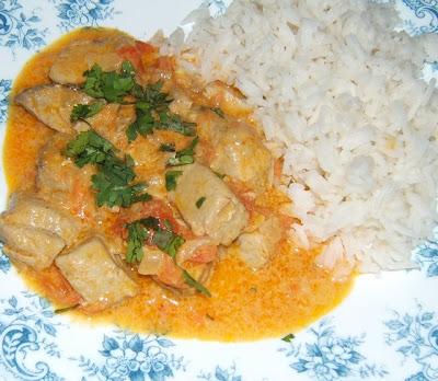 Curry de Atún rojo con arroz créole / Curry de thon rouge avec riz créole