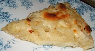 Pizza fugazzeta / Pizza à l´oignon farcie au fromage mozzarella