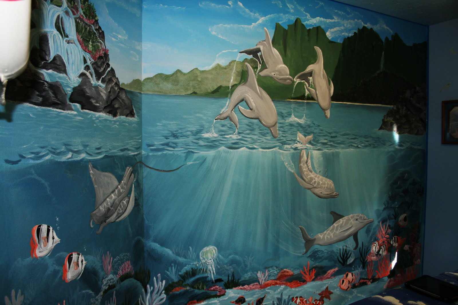 artistic murals under the sea mural still pics under the sea mural still pics