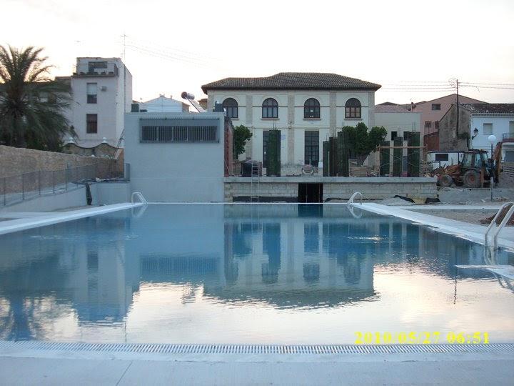 Beniarr s al dia inauguraci de la nova piscina municipal for Piscina municipal ripoll