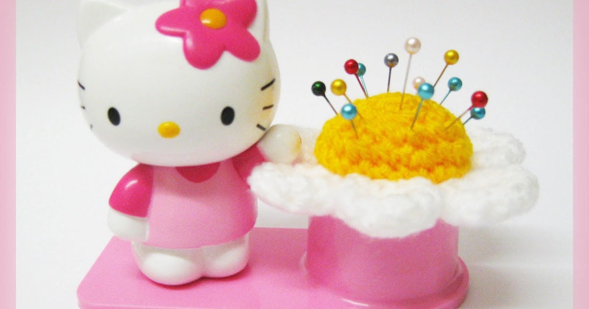 HandmadeKitty: FREE Hello Kitty Flower Pincushion ...