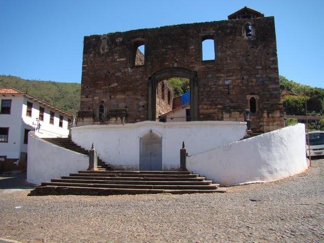A construção da Igreja do Rosário de Sabará