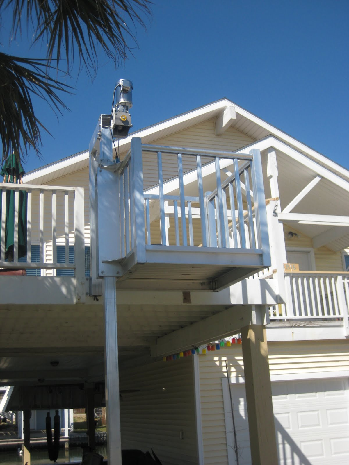 Texas cargo lifts for Beach house lifts