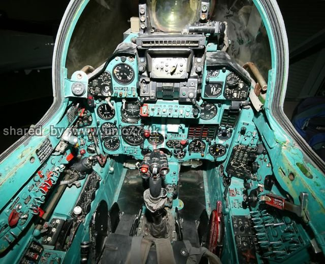 fighter_jet_cockpits_640_13.jpg (640×521)