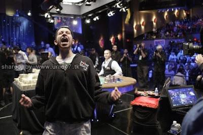 Siapa dewa poker dunia