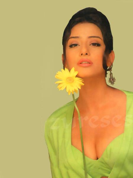 youg-nude-eratic-girl-manisha-koriyala