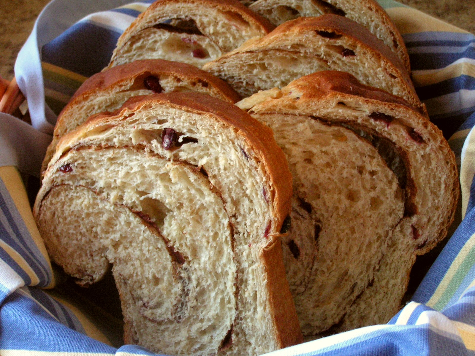 ... Utah Families Live on Less: Frugal Recipe: Cinnamon Raisin Bread