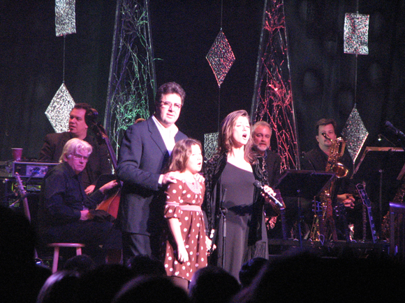 ... : Vince Gill & Amy Grant – 12 Days of Christmas – Atlanta, GA