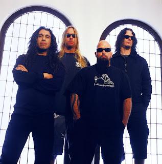 http://2.bp.blogspot.com/_mTQLYHK9n-s/Scj5B8Moi7I/AAAAAAAANWo/YaoFicTCoVE/s320/Slayer-Band.jpg