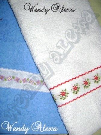 toallas decorativas bordadas en punto de cruz