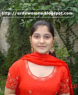 URDUWOMEN:Desi Girl Urdu Poetry Greeting Card