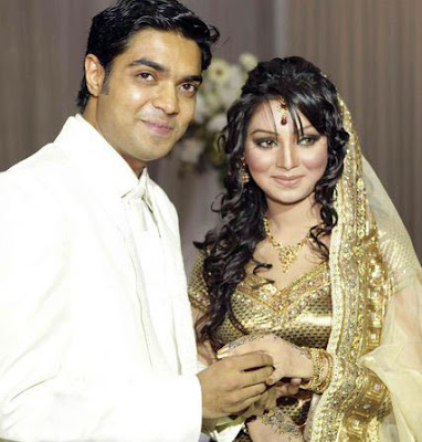 EXCLUSIVE NEWS: Prova And Her EX-boyfriend Rajib Together Picture