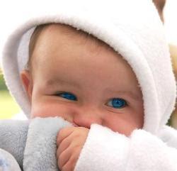 Como testar a visão do bebê