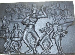 தேவதாசிகளை கற்பழித்த சமூகம் Madhavi+dance