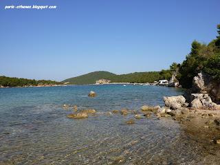La plage de Bellavraka, Syvota