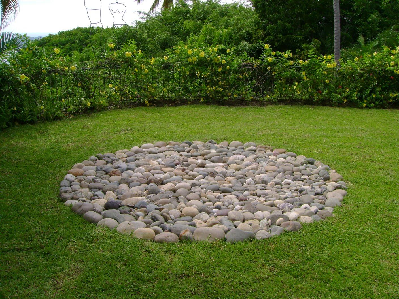 Casa qetzalcalli biojardin quot jardiner a for Jardines arreglados con piedras