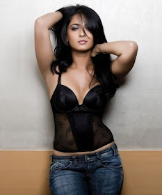Anushka Shetty Hot Wallpapers