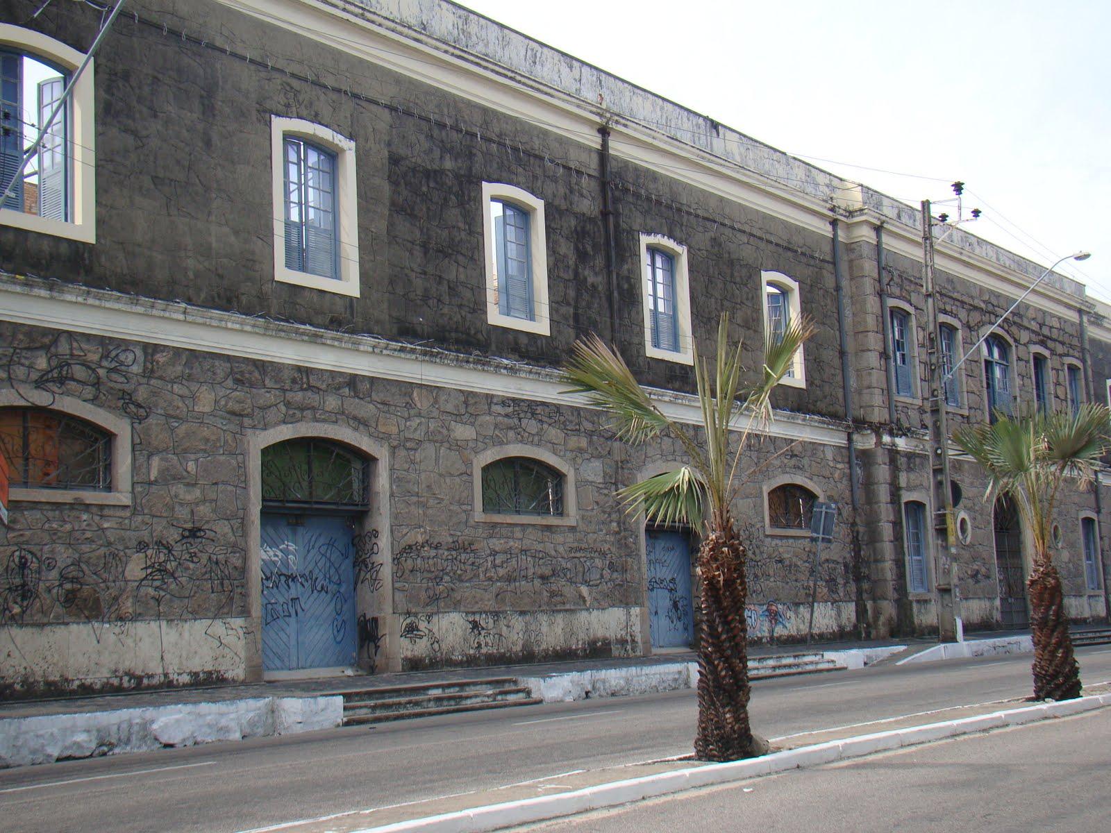 #4E5E6F Fortaleza em Fotos e Fatos: Antigo Prédio da Alfândega Praia de  92 Janelas De Vidro Em Fortaleza Ce