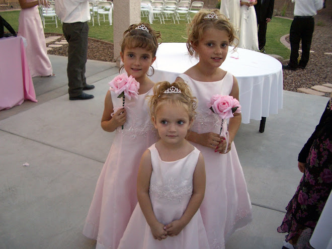 Girls at the wedding