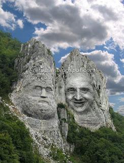 Traian Basescu statuie