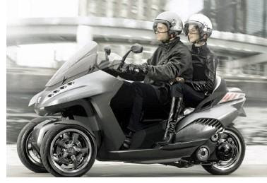 Three wheel Electric scooter Peugeot HYbrid3 Evolution