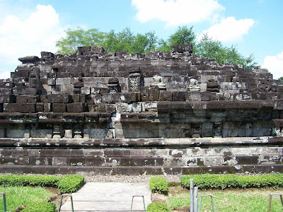 Prambanan-candi bubrah