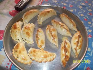 Empanadas de Pollo e Jamón y Queso~