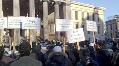 Norway: Motoon protest #1