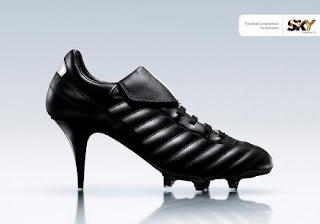 Спортивная обувь для Евро-2012. Полу спортивная обувь. Спорт. Юмор. Креатив.