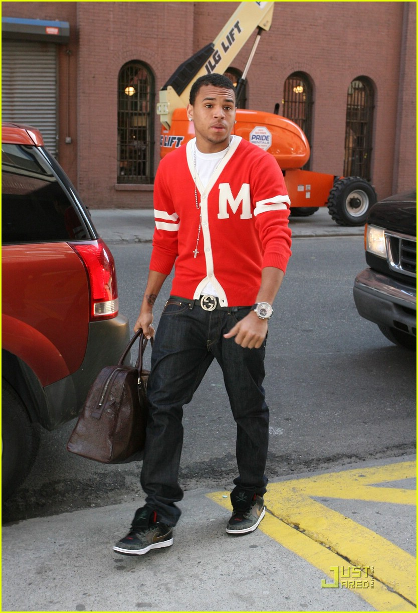 Hold The Applause Chris Brown Swag