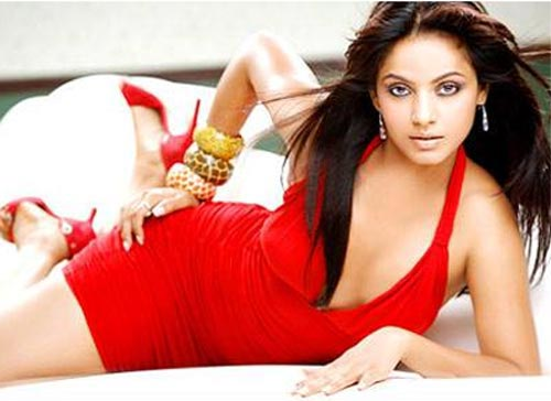 Bollywood Actress looking Cute in Red Dress glamour images
