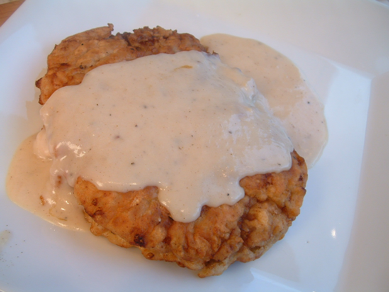 Feast for the Eyes: Chicken Fried Steak with Creamy Mashed Potatoes ...