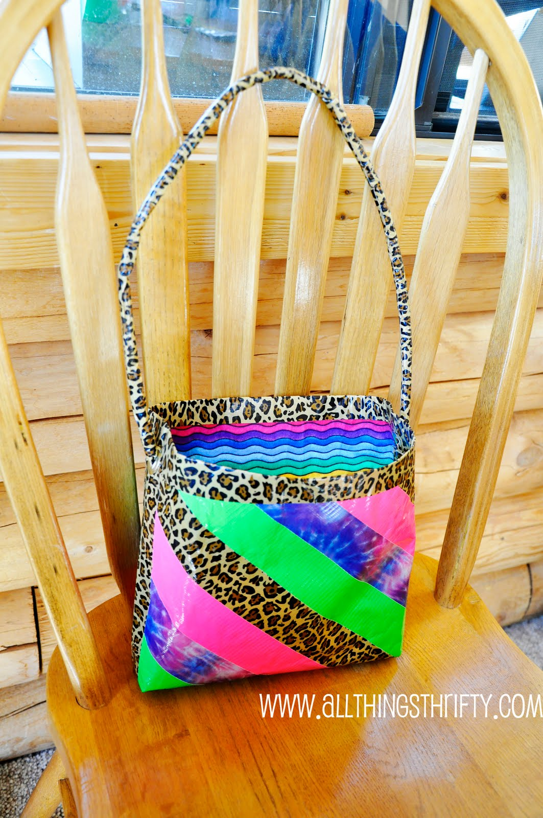 Tutorial How To Make Duct Tape Purses All Things Thrifty