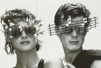 Exposição de óculos mostra modelos inusitados