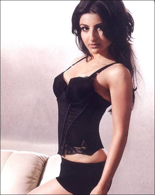 Soha Ali khan hot