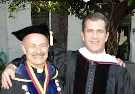 Mel Gibson otrzymuje honorowy doktorat