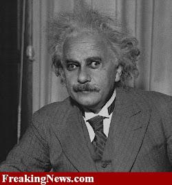 Marty Feldman w roli Einsteina