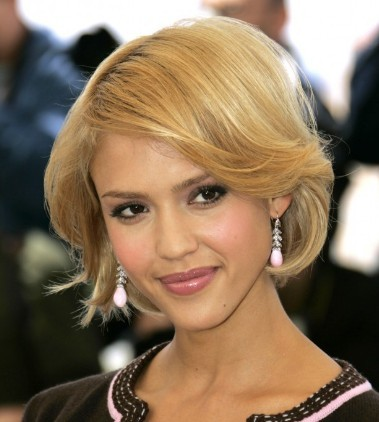Jessica Alba Messy Bob Haircuts for wavy hair 2010