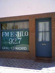 FM ESTILO 92.7
