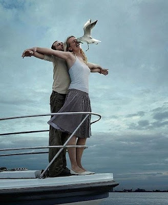 Tennis fail picture: Nicole Vaidisova and Radek Stepanek do a Titanic pose