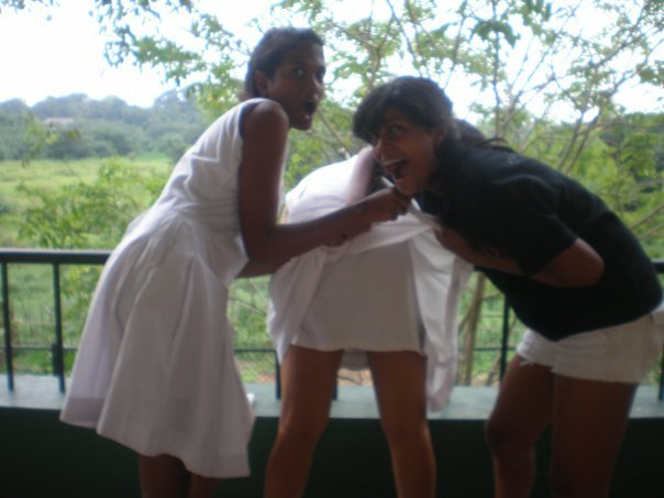 Sri lankan crazy chicks