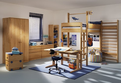 Ideas-for-handing-child-bed-with-ladder-and-stool