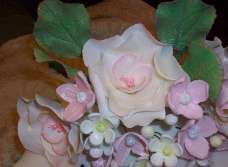 Mundo bizcocho como hacer rosas con pistilos y flores de - Www como hacer flores com ...