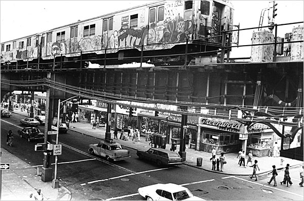 New York Murder 1960s http://theboweryboys.blogspot.com/2010/09/wild-era-of-subway-graffiti-1970-1989.html