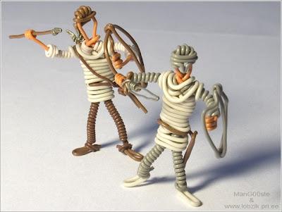 http://2.bp.blogspot.com/_mmBw3uzPnJI/Rjyczk-tf8I/AAAAAAAAD_w/4NBuuyL_as8/s400/wire_army_12.jpg