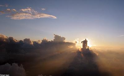 Gambar Foto Awan Unik Indah Menakjubkan ~ Terbaca.com -