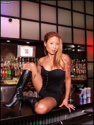 hot bartenders 48 Recopilación de fotos de camareras