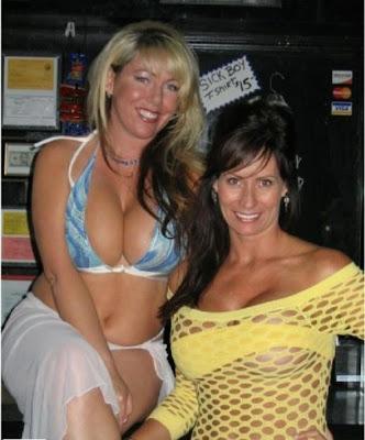 hot bartenders 38 Recopilación de fotos de camareras