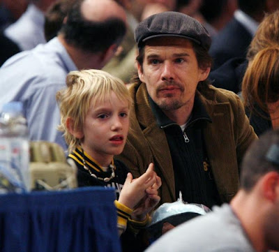Ethan  Hawke and son Levon Roan
