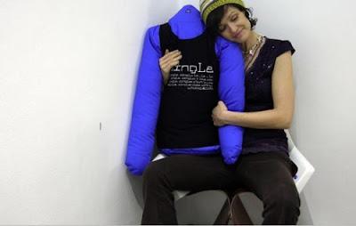İlginç Yastık Tasarımları Funny-pillows-35